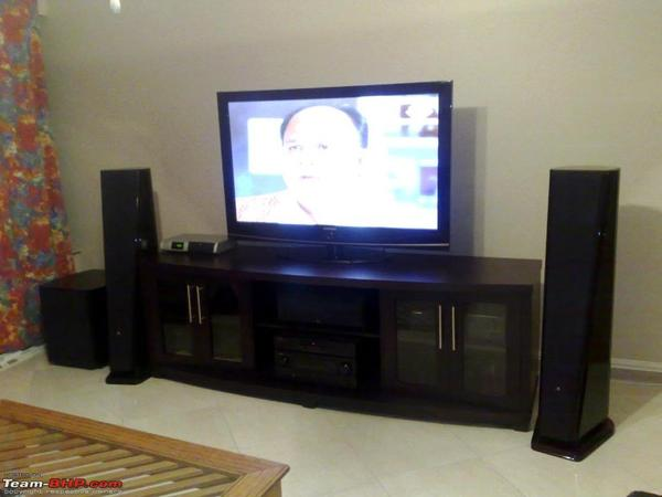 Home theater speakers design and ideas - Mobili per home theatre ...