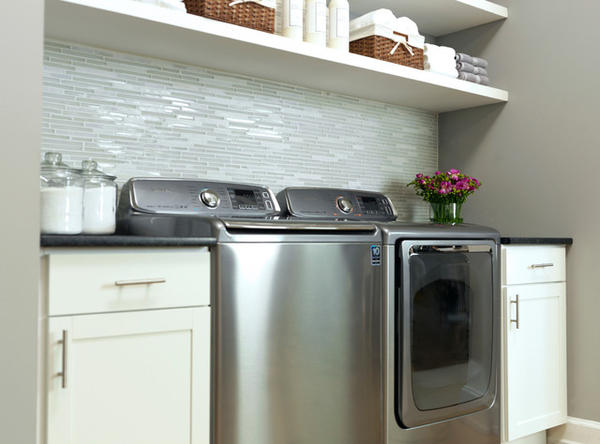 Laundry room ideas for top loading washers design and ideas for Washer and dryer in kitchen ideas